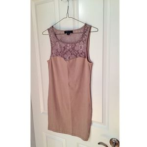 Forever 21. Floral Lace Bodycon Dress in Nude. S/P